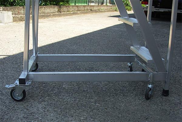 Bianchin scale f25 scala a castello fissa con gradini for Piani di piattaforma di piattaforma
