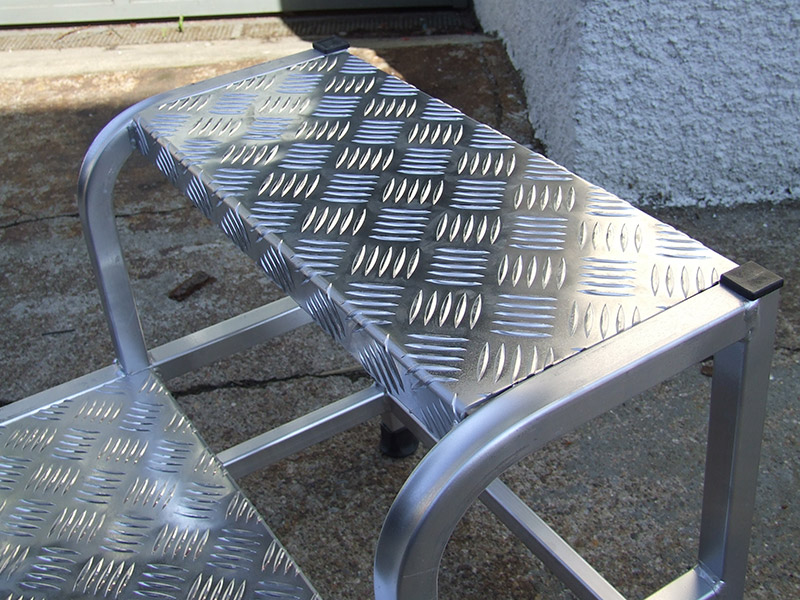 Sgabello acciaio de luxe step up gradini scale e ponteggi